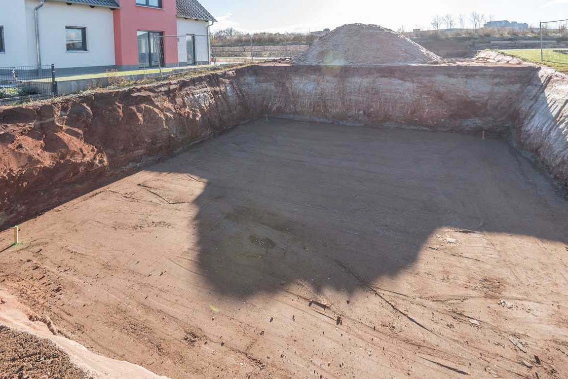 Abstecken der Bodenplatte
