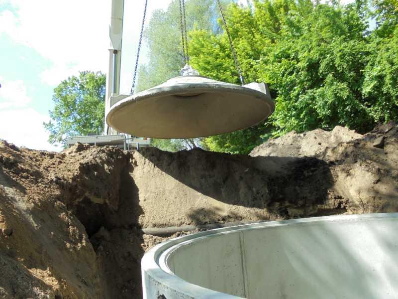 Regenwassersammelgrube zur Grundstücksentwässerung