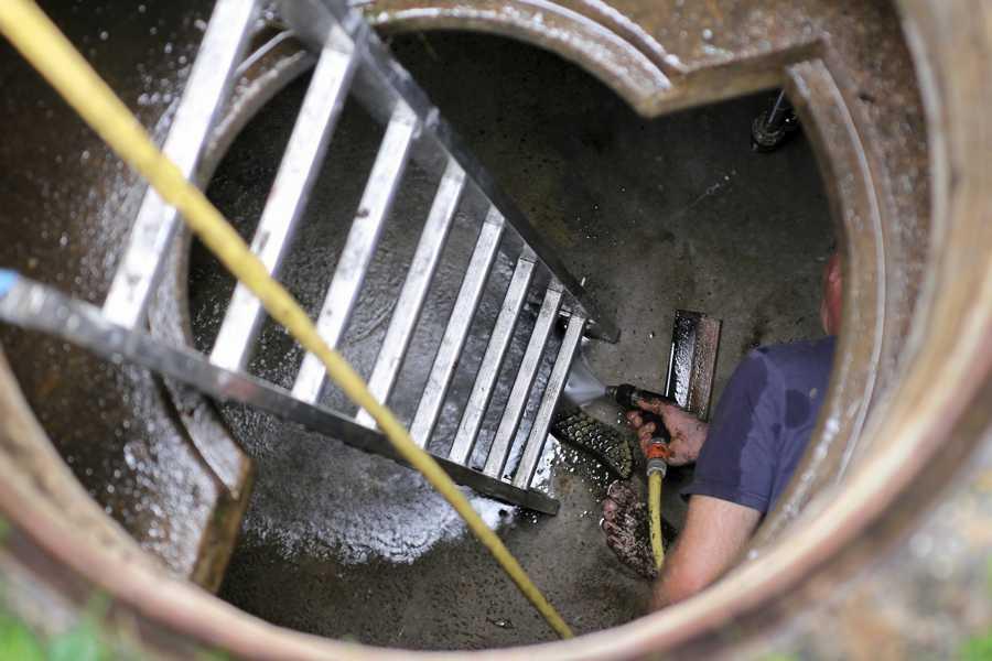 Fehlersuche in einer Entwässerungsanlage
